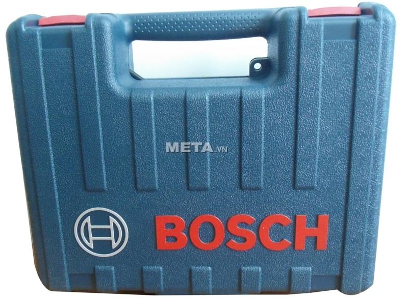 Máy khoan động lực Bosch GSB 13 RE thiết kế khóa ấn chắc chắn.