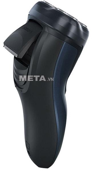 Người dùng có thể bật tông đơ của máy cạo râu Philips AT620 ra để tỉa tóc mai