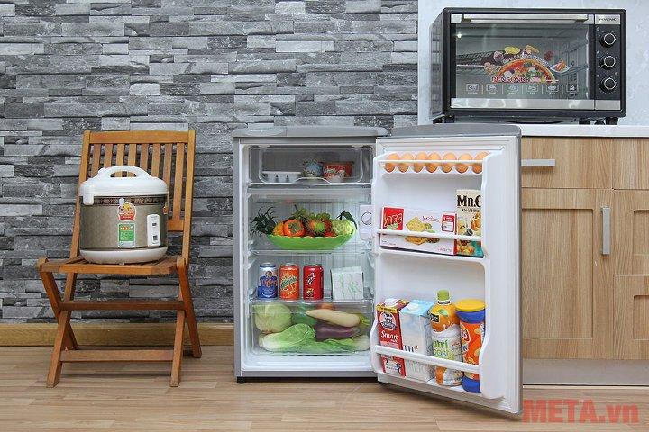 Tủ lạnh 90 lít Aqua AQR-95AR tiết kiệm ddijen năng tiêu thụ