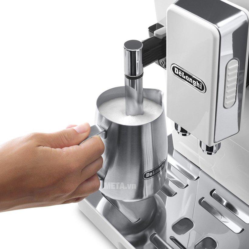 Máy pha cà phê tự động DeLonghi ECAM 45.760.W dễ dàng sử dụng