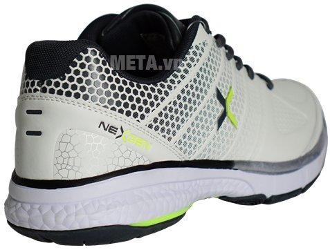 Giày tennis Nexgen NX16190 tạo cảm giác dễ chịu cho người sử dụng