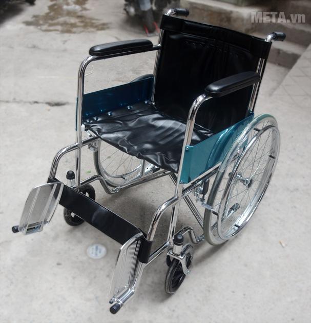 Xe lăn tiêu chuẩn Lucass X9 hỗ trợ cho người già