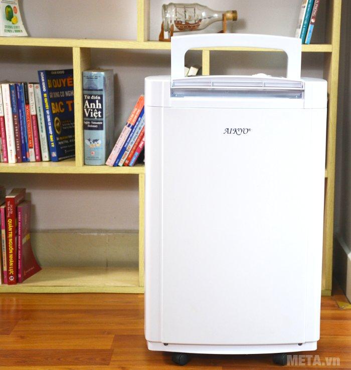 Máy hút ẩm Aikyo AD 25EU giúp không khí luôn khô ráo