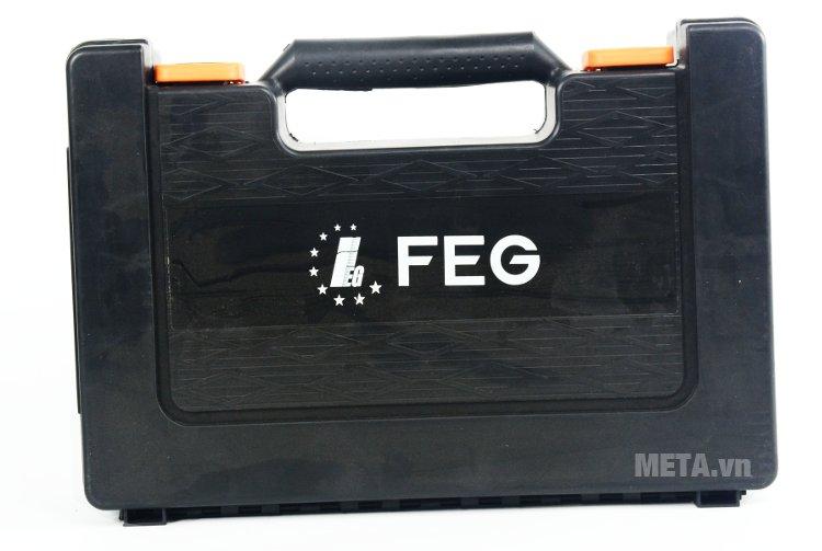 Máy khoan bê tông FEG 2606SRE đi kèm hộp đựng bằng nhựa có tay xách