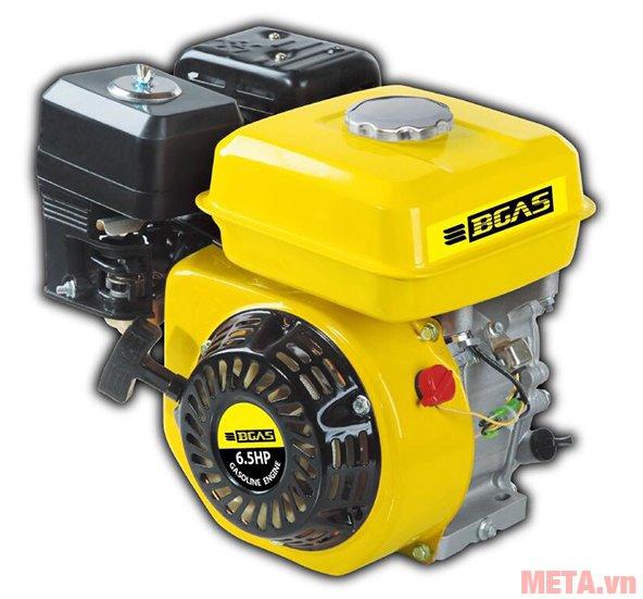 Máy nổ Bgas BM2065 cho khả năng vận hành mạnh mẽ, êm ái, tiết kiệm nhiên liệu hơn và ít khí thải hơn.