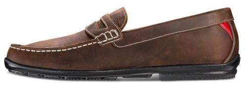 Thiết kế các đường khâu giúp giày thêm phần sang trọng
