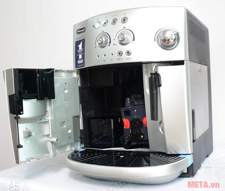 Máy pha cà phê tự động DeLonghi ESAM4200.S có thể tháo lắp dễ dàng