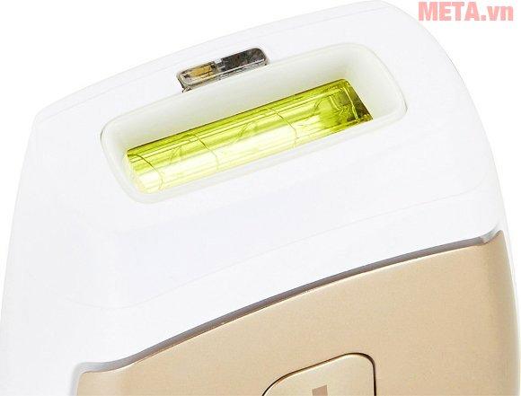 Máy triệt lông cá nhân Beurer IPL7500 có một bộ lọc UV giúp chặn các tia UV có hại.