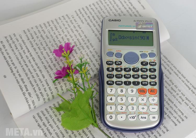 Máy tính bỏ túi Casio FX-570VN Plus phù hợp cho học sinh, sinh viên