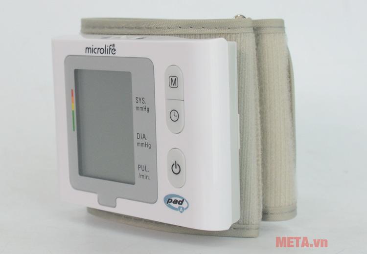Microlife BP W2-Slim-Wrist có bảng điều khiển dễ dàng sử dụng