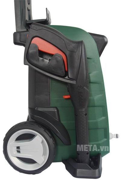 Máy phun xịt rửa áp lực cao Bosch Universal AQT 125 có bánh xe dễ dàng di chuyển