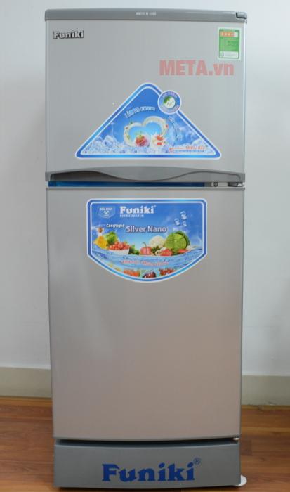 Tủ lạnh Funiki FR-132CI vận hành theo cơ chế khí lạnh đa chiều, giúp làm lạnh toàn diện