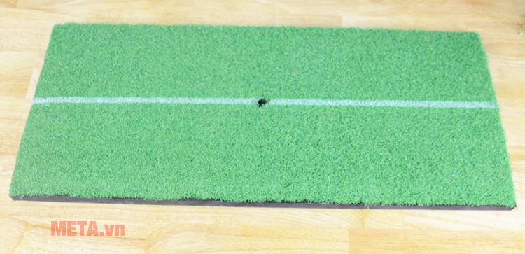 Thảm tập Golf Mini 30cm x 60cm với lỗ tee đỡ bóng.
