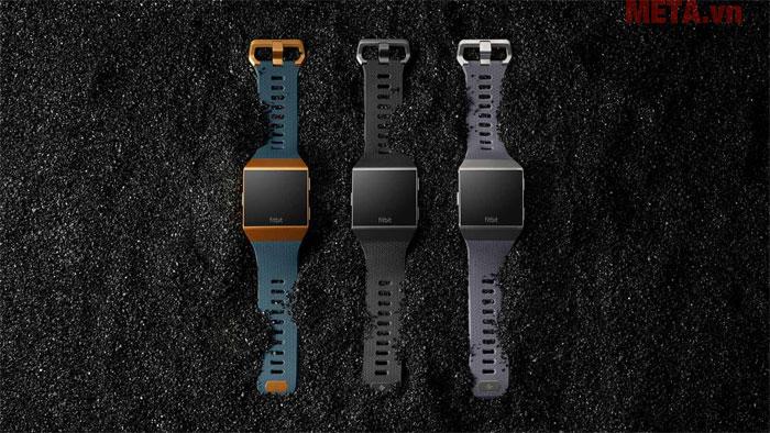 Fitbit mang đến cho người dùng Fitbit Ionic với 3 màu cá tính