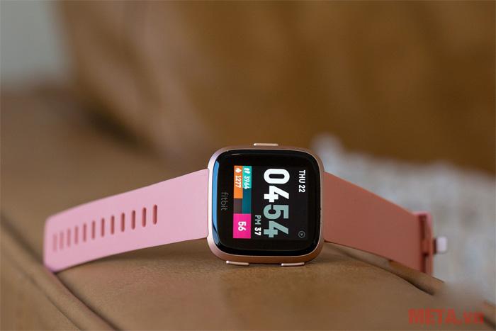 Đồng hồ thông minh Fitbit Versa phù hợp với nhu cầu sử dụng của mọi người