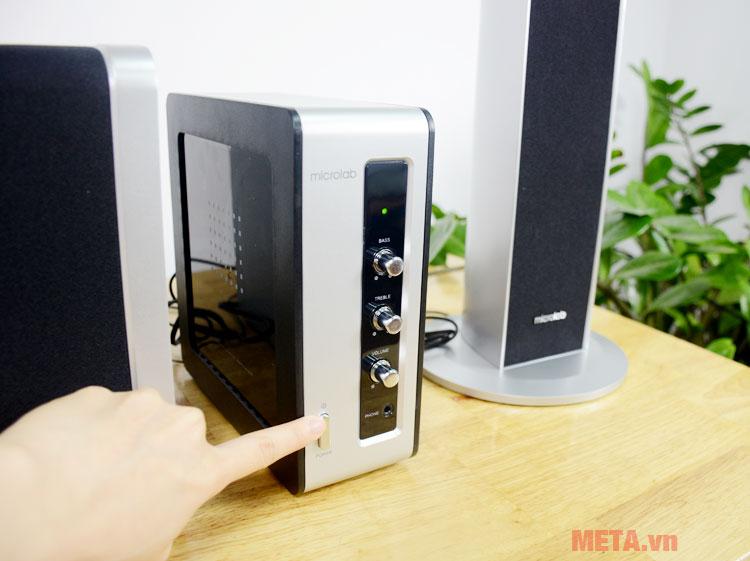 Microlab FC361 có Amplier riêng biệt điều chỉnh âm thanh