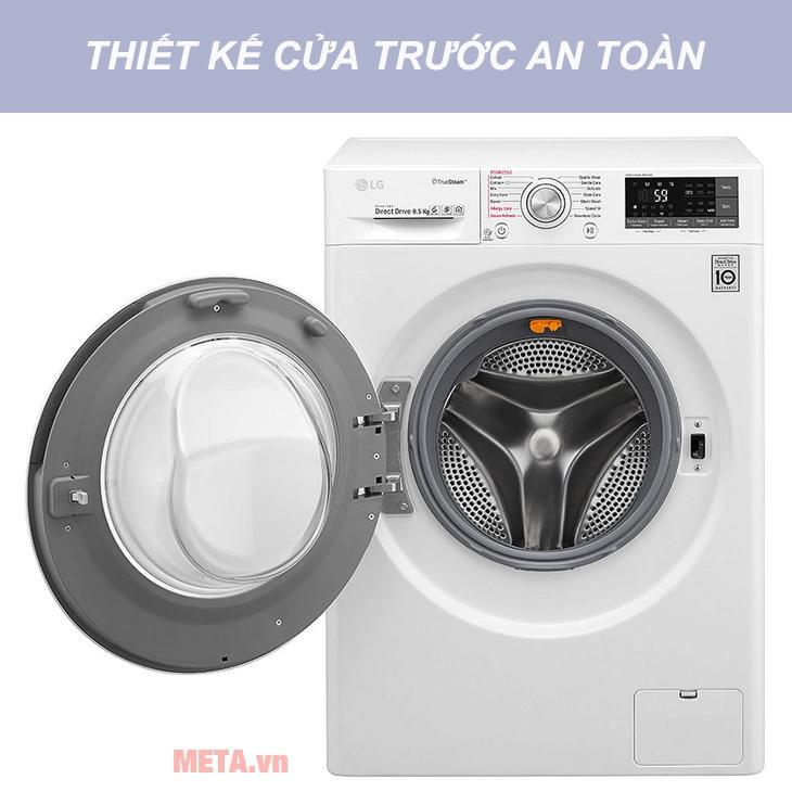 Máy giặt LG FC1485S2W có thiết kế cửa trước tiện lợi