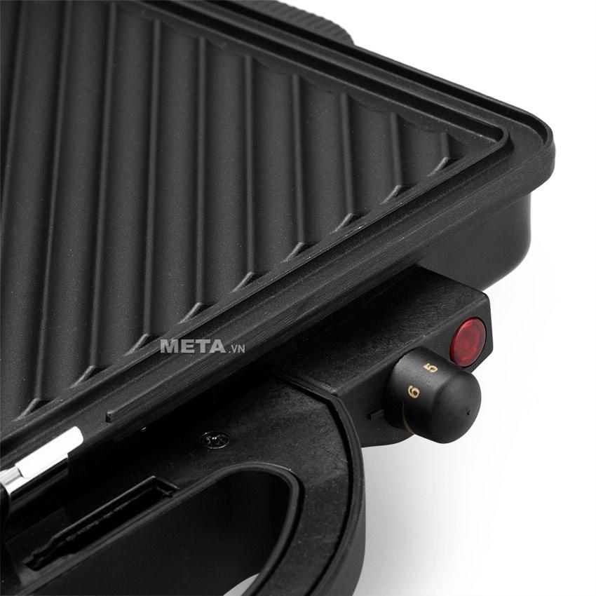 Vỉ nướng đa năng Tiross TS-965 được thiết kế với kiểu dáng trang nhã sang trọng, tiện lợi giúp bạn nấu ăn dễ dàng.