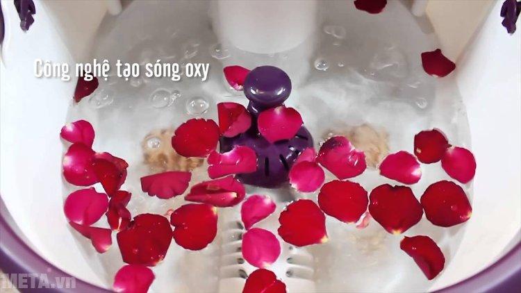 Bồn massage chân Buheung MK-414 có công nghệ tạo sóng oxy