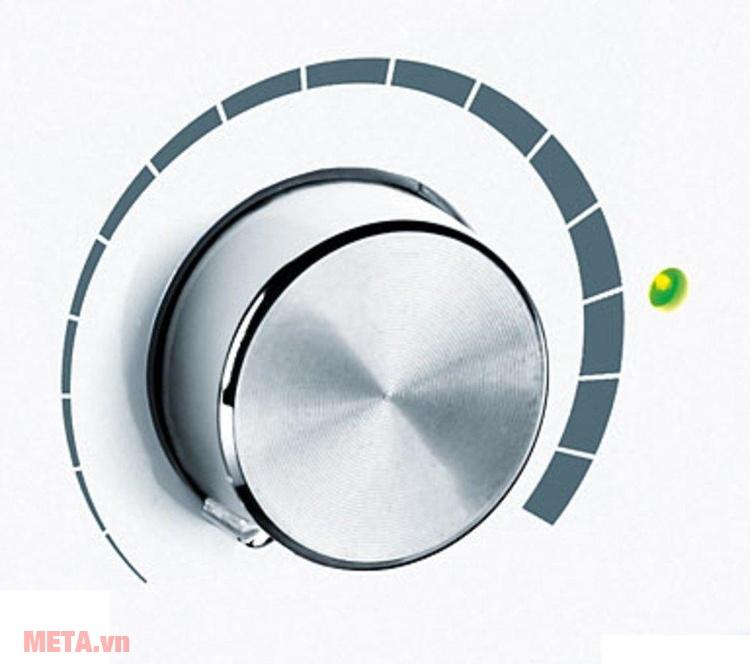 Máy tạo độ ẩm không khí Beurer LB44 với thiết kế nút xoay dễ sử dụng.