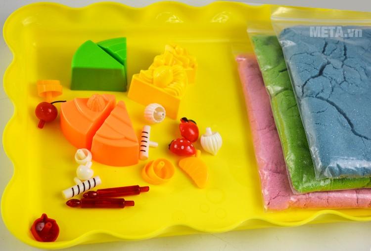 Cát tạo hình bánh sinh nhật Motion Sand MS25 với bộ khuôn được lầm bằng nhựa an toàn.
