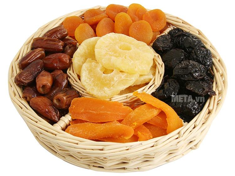 Máy sấy khô hoa quả, thực phẩm Makxim MKX-DH-2015 giúp làm các món mứt hoa quả tại nhà thật đơn giản.
