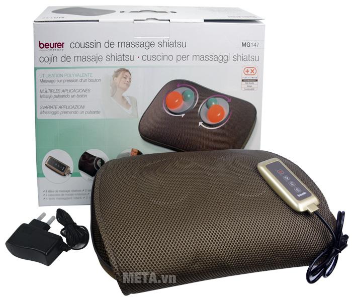 Hộp đựng của gối massage có đèn hồng ngoại Beurer MG147