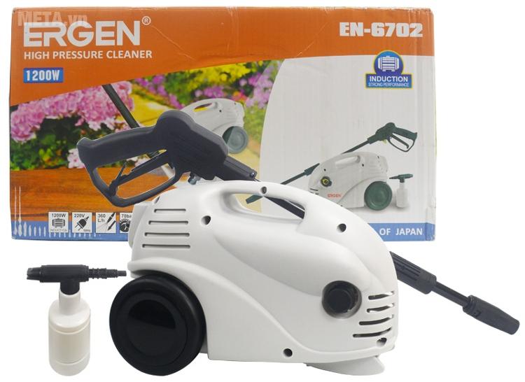 Máy rửa xe Ergen EN-6702 có công suất 1.200W