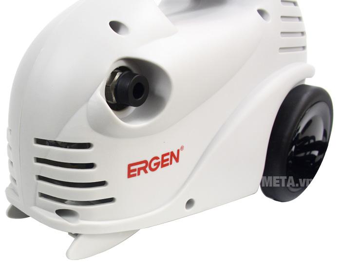 Vỏ máy rửa xe Ergen EN-6702 được làm bằng nhựa cao cấp.
