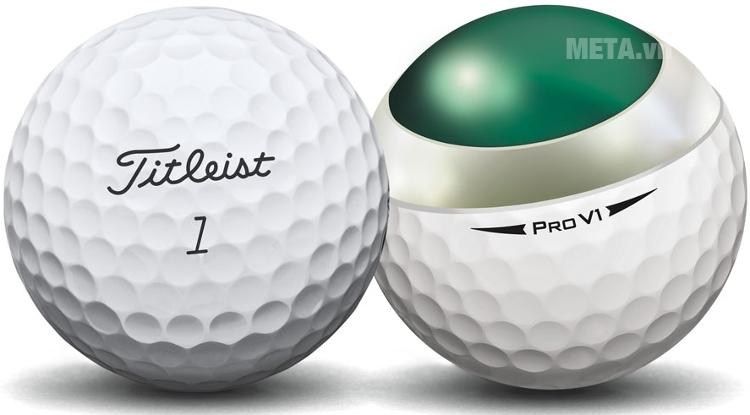 Bóng golf Titleist Pro V1 (New 2017) với thiết kế 352 điểm lõi tạo nên đường bay nhất quán.