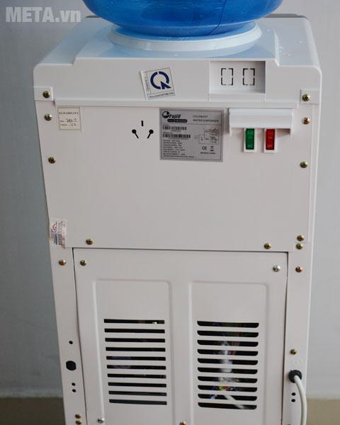 Cây nước nóng lạnh FujiE WDBD20E có công tắc bật/tắt phía sau