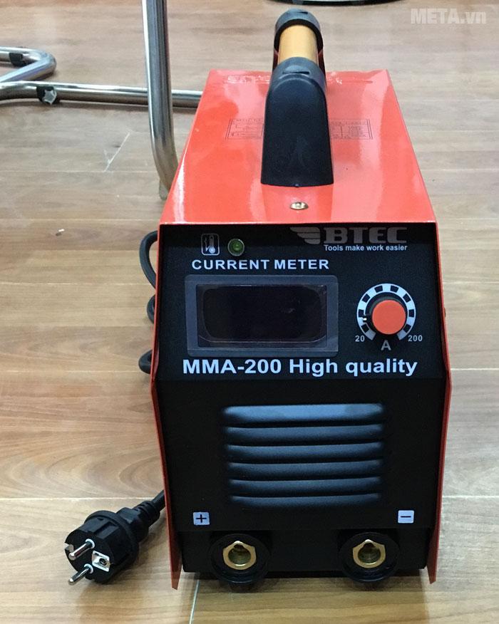 Máy hàn inverter Btec MMA 200 có dòng điện ra: 20 - 200A