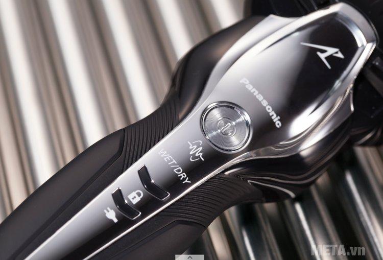 Máy cạo râu Panasonic ES-ST2N-K751 dùng cạo râu khô/cạo ướt